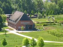 Bauernscheune und Spielplatz Wismar