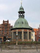 Wismar Brunnen Alter Schwede